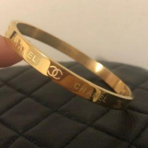 Lovely 💛 Gold Bracelet